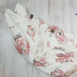 *NWT* LuLus Floral Wrap Maxi Dress